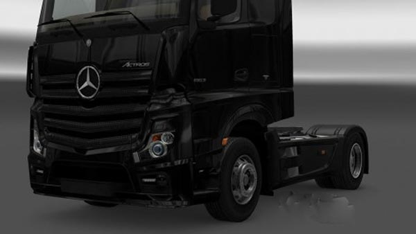 Mercedes Actros MP4 Black Headlights