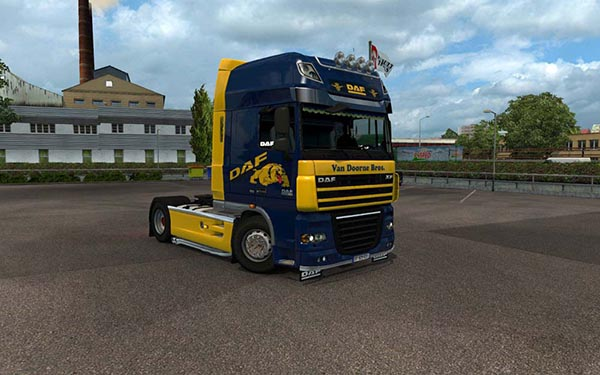 DAF XF 105 Blue and Yellow Skin