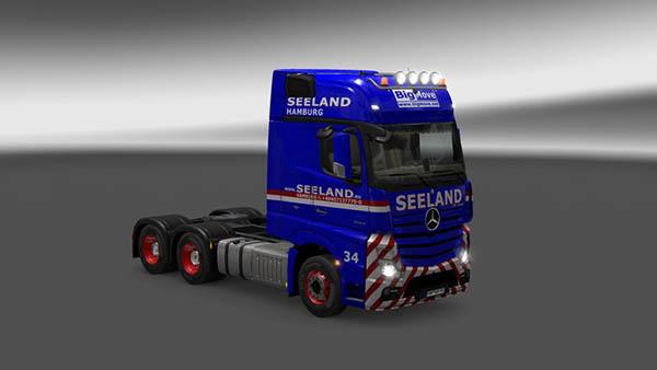 Mercedes MP4 Gustav Seeland Big Move Hamburg Skin