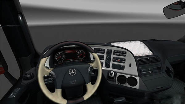 Mercedes MP3 Lux Interior And New Dashboard